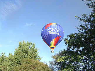 Champagne Flights hot air balloon in flight